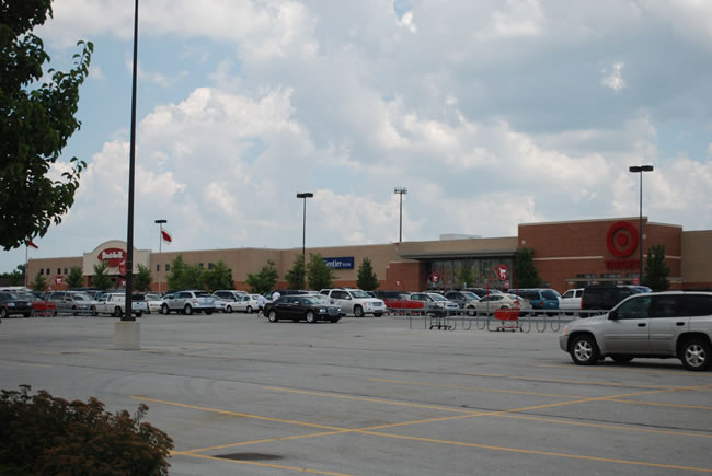 Chicago Commercial Retail Space - Stracks and Target